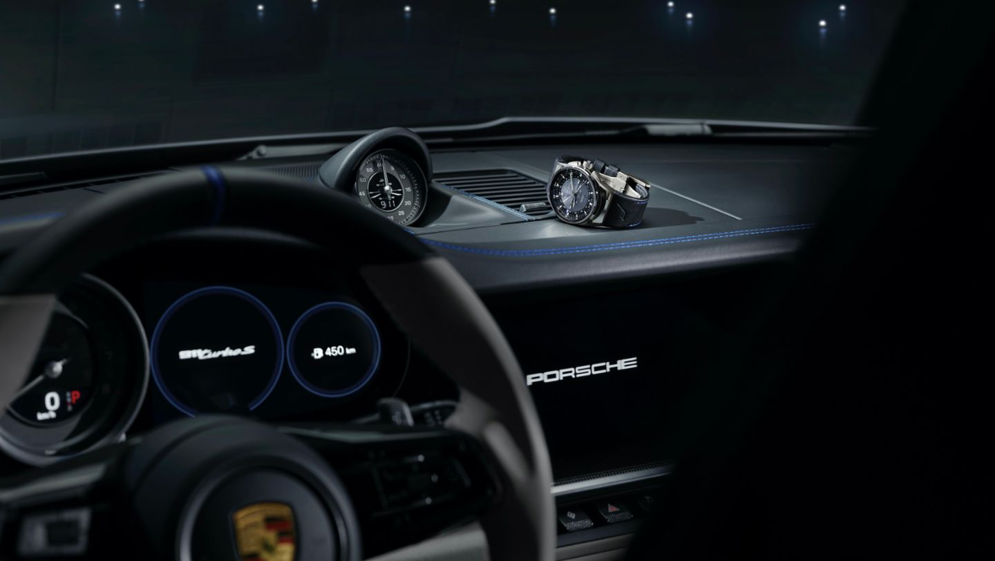 "Special edition of the new 1919 Globetimer UTC timepiece, 911 Turbo S in limited edition ""Duet"", 2020, Porsche AG"