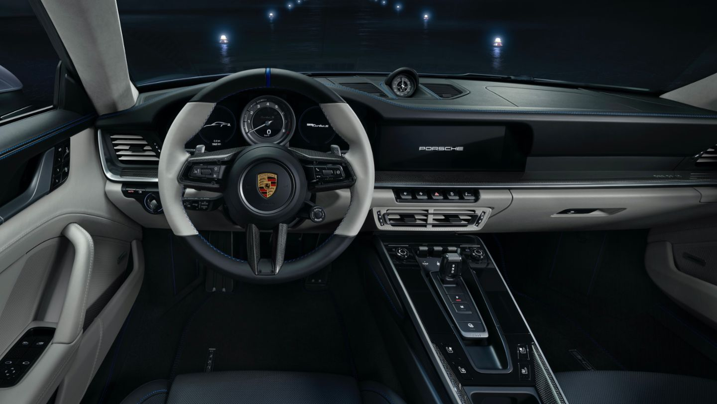 "Interior of the 911 Turbo S in limited edition ""Duet"", 2020, Porsche AG"
