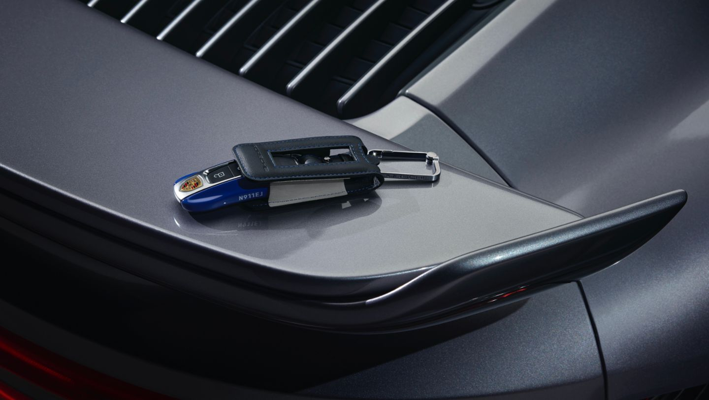 "Vehicle key of the 911 Turbo S in limited edition ""Duet"", 2020, Porsche AG"