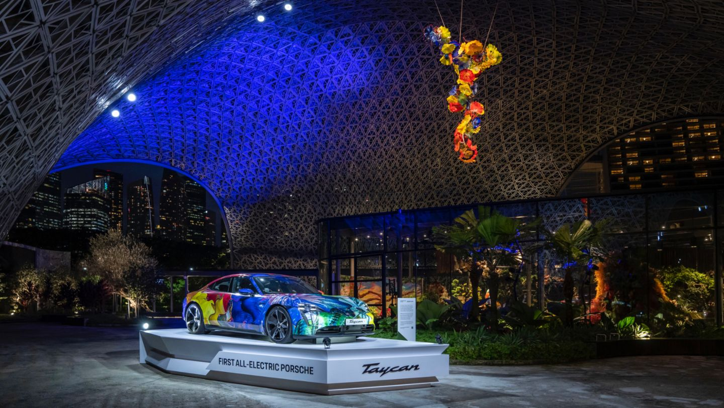 Floral Porsche Taycan in the Gardens by the Bay - Image 3