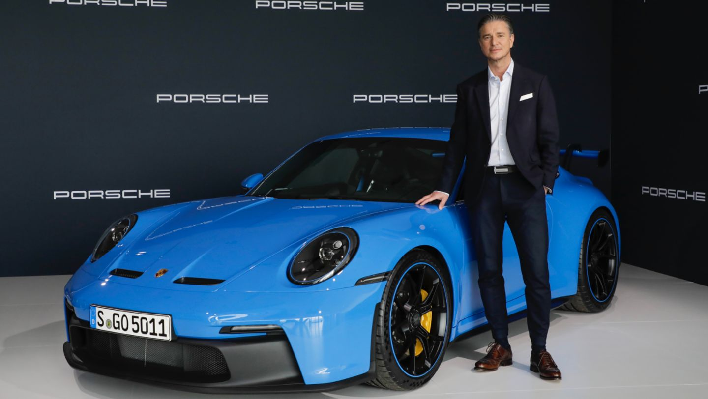 Lutz Meschke, Deputy Chairman of the Executive Board and Member of the Executive Board responsible for Finance and IT of Dr. Ing. h.c. F. Porsche AG, 911 GT3, Annual Press Conference, 2021, Porsche AG