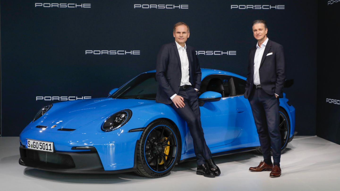 Oliver Blume, Chairman of the Executive Board of Dr. Ing. h.c. F. Porsche AG, Lutz Meschke, Deputy Chairman of the Executive Board and Member of the Executive Board responsible for Finance and IT of Dr. Ing. h.c. F. Porsche AG, l-r, 911 GT3, Annual Press Conference, 2021, Porsche AG