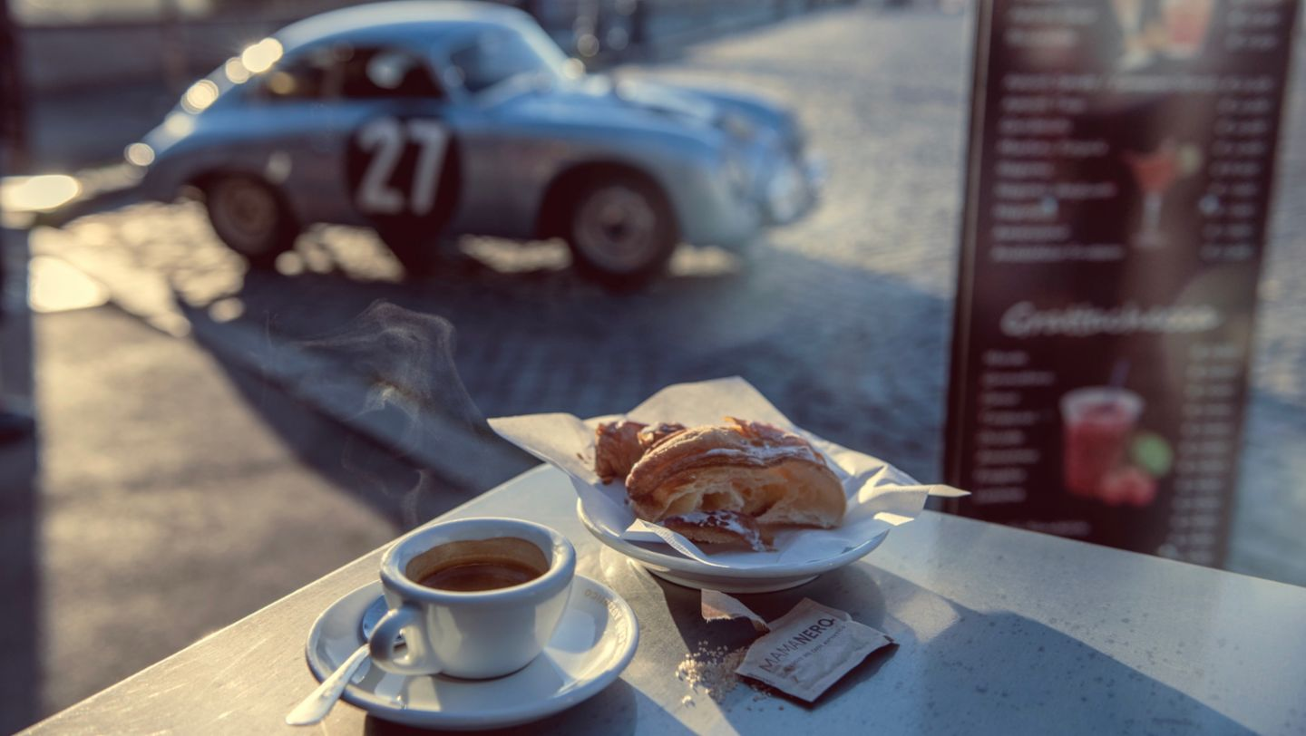 The Porsche 356 on the road to Rome - Image 3