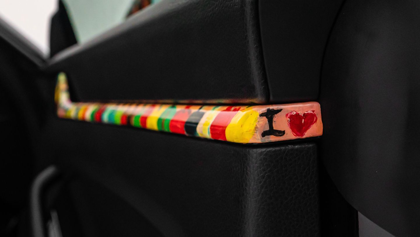 A moving masterpiece: artist Nelson Makamo and his one-off Porsche 911 Carrera - Image 4