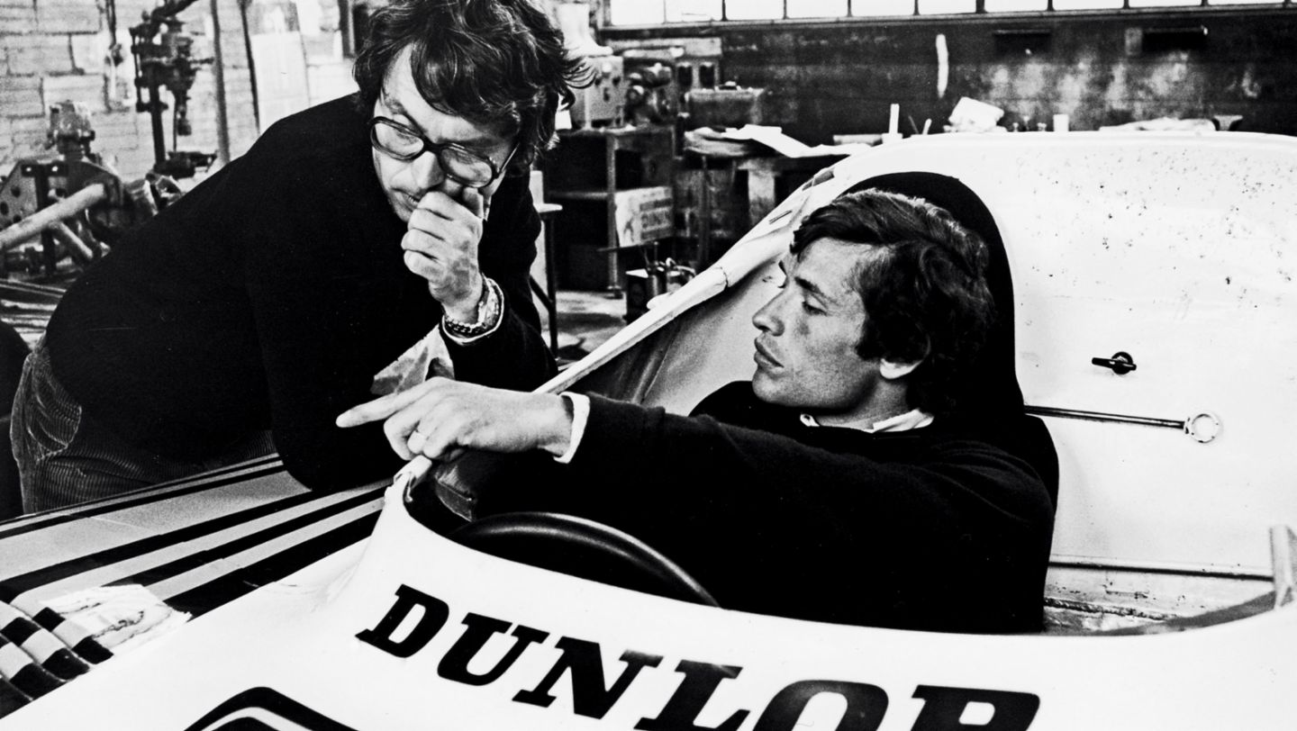 Wolfgang Berger, racing engineer, Jacky Ickx, six-time overall winner at Le Mans, auto shop, Teloché, 1977, Porsche AG