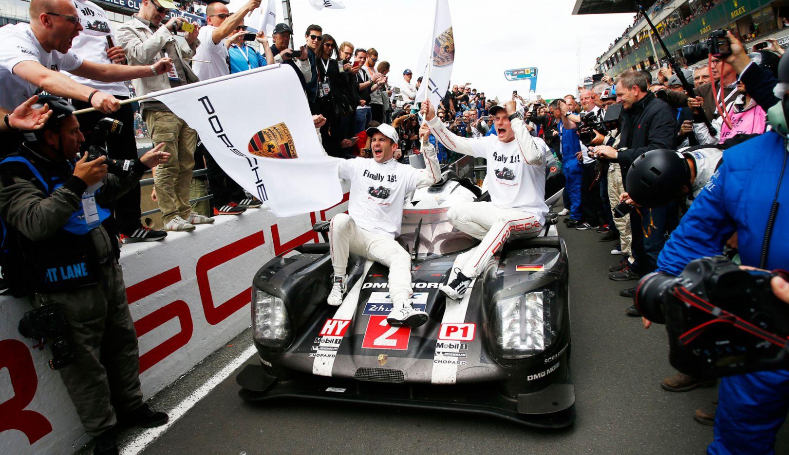 Romain Dumas, Marc Lieb, l-r, WEC, Le Mans, 2016, Porsche AG