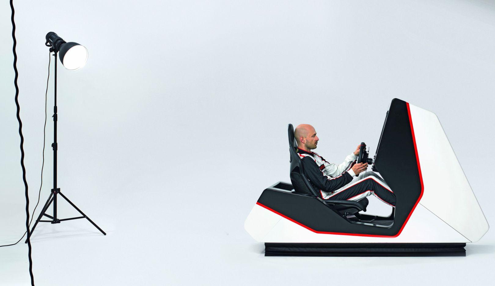 Simulator, 2018, Porsche AG