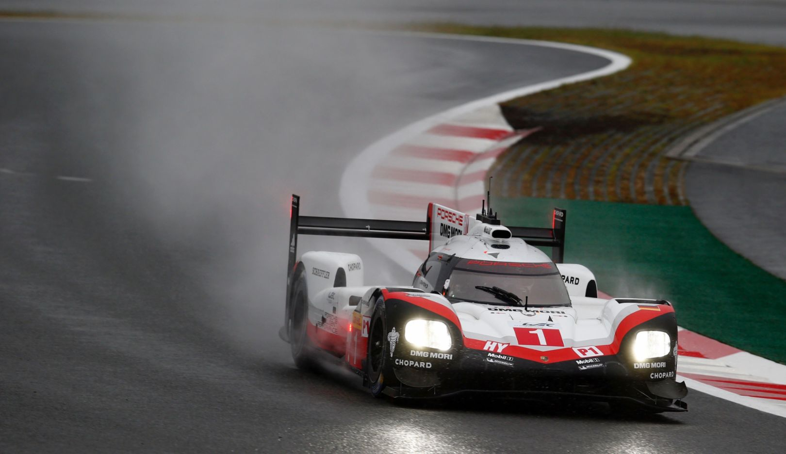 919 Hybrid, Neel Jani, Andre Lotterer, Nick Tandy, freies Training, WEC, Fuji, 2017, Porsche AG