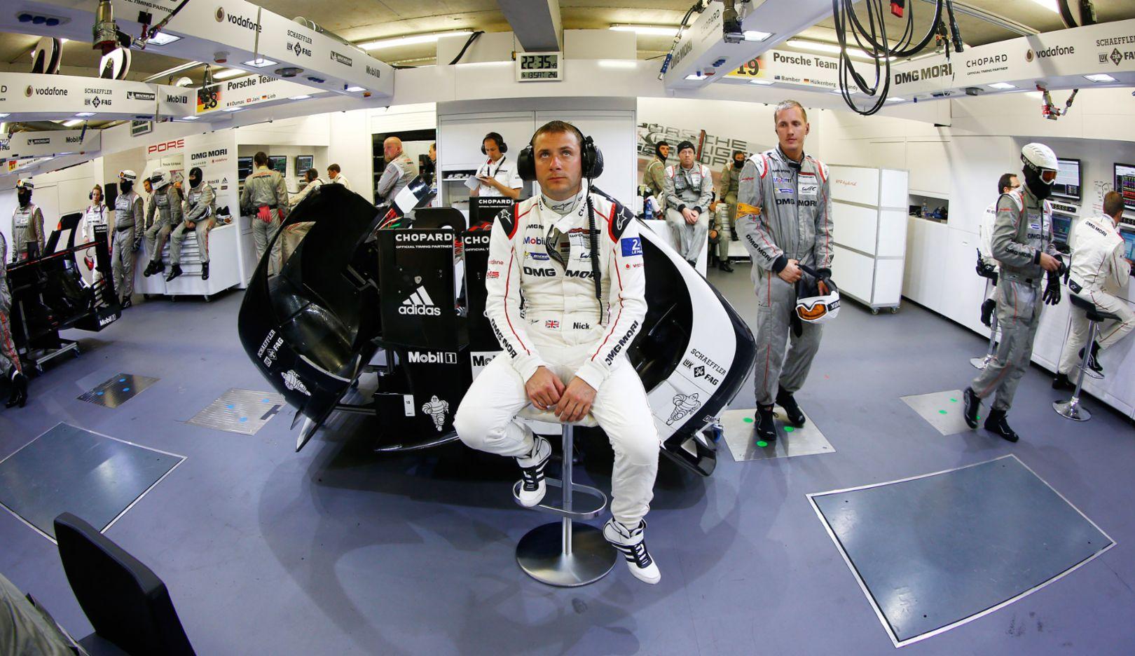 Nick Tandy, Porsche Werksfahrer, 2015, Porsche AG