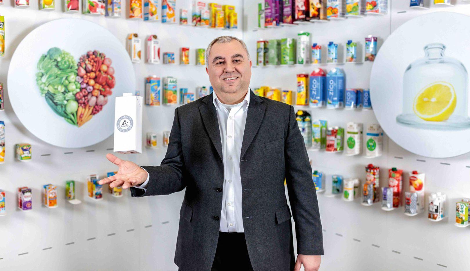 Roberto Franchitti, Vice President für Forschung und Entwicklung im Bereich Carton Value & Economy bei Tetra Pak, 2018, Porsche Consulting GmbH