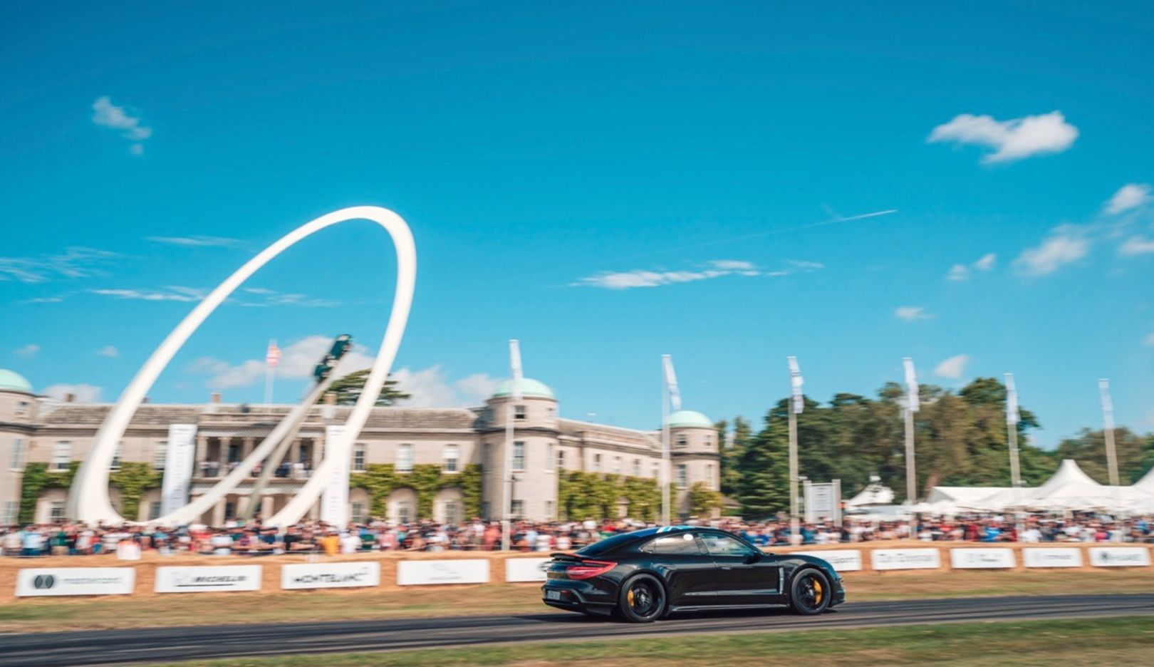 Festival Of Speed >> Garden Party With Plenty Of Horsepower Taycan Visits The
