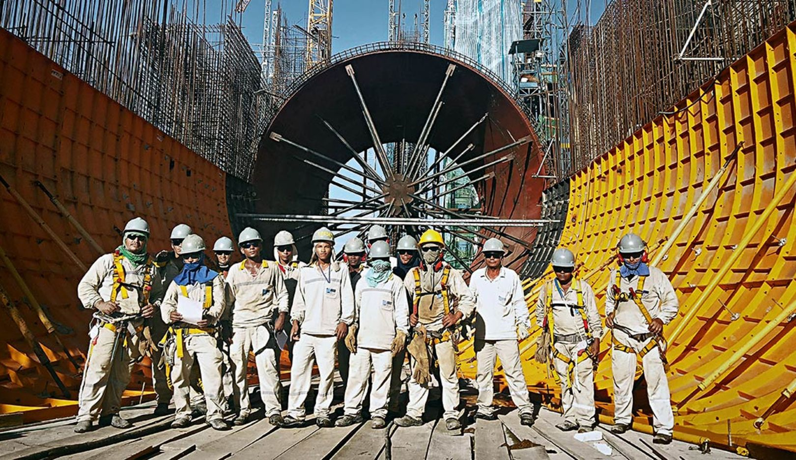 The team of the construction consortium Belo Monte (Photo: Gutemberg Cruz)