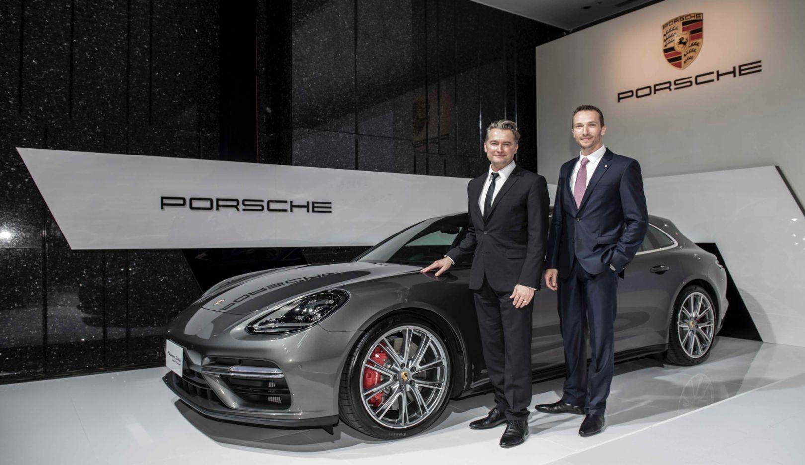 Matthias Becker, Vice President of Region Overseas and Emerging Markets, Martin Limpert, Chief Executive Officer Porsche Taiwan, l-r, Panamera Turbo Sport, Taipei, 2018, Porsche AG