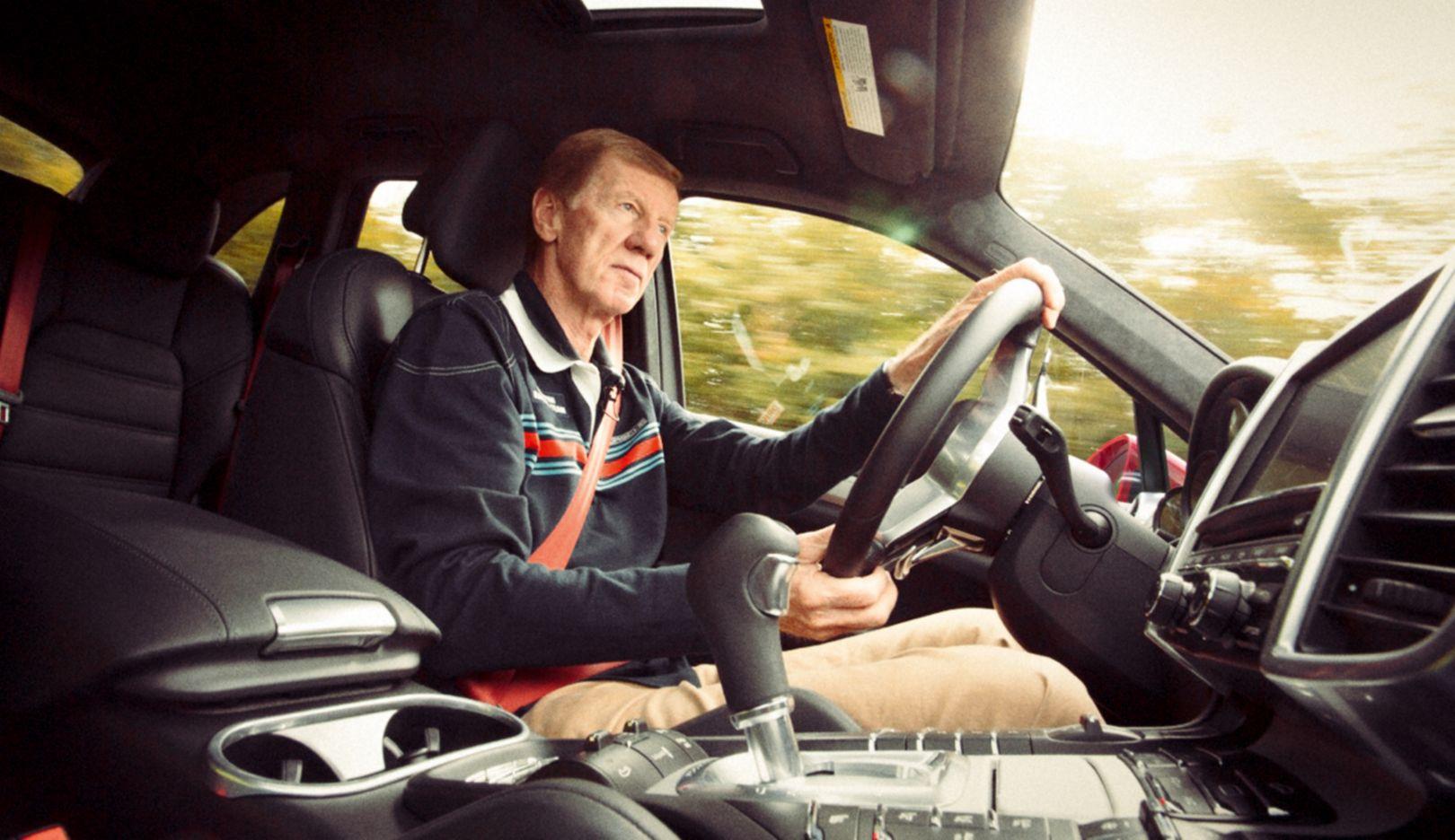 Walter Röhrl, Rennfahrer, Cayenne GTS, 2015, Porsche AG