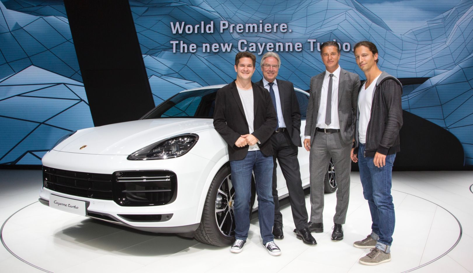 Thomas Bachem, Chancellor of CODE University, Andreas Haffner, Member of the Executive Board, Human Resources and Social Affairs at Porsche, Lutz Meschke, Vice President and Member of the Executive Board, Finance and IT at Porsche, Manuel Dolderer, President of CODE University, l-r, Cayenne Turbo, 2017, Porsche AG