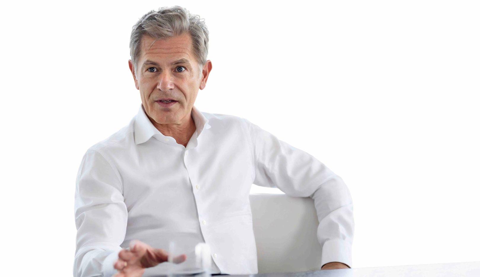 Axel Schwarzer, Head of Asset Management at Vontobel, 2019, Porsche AG