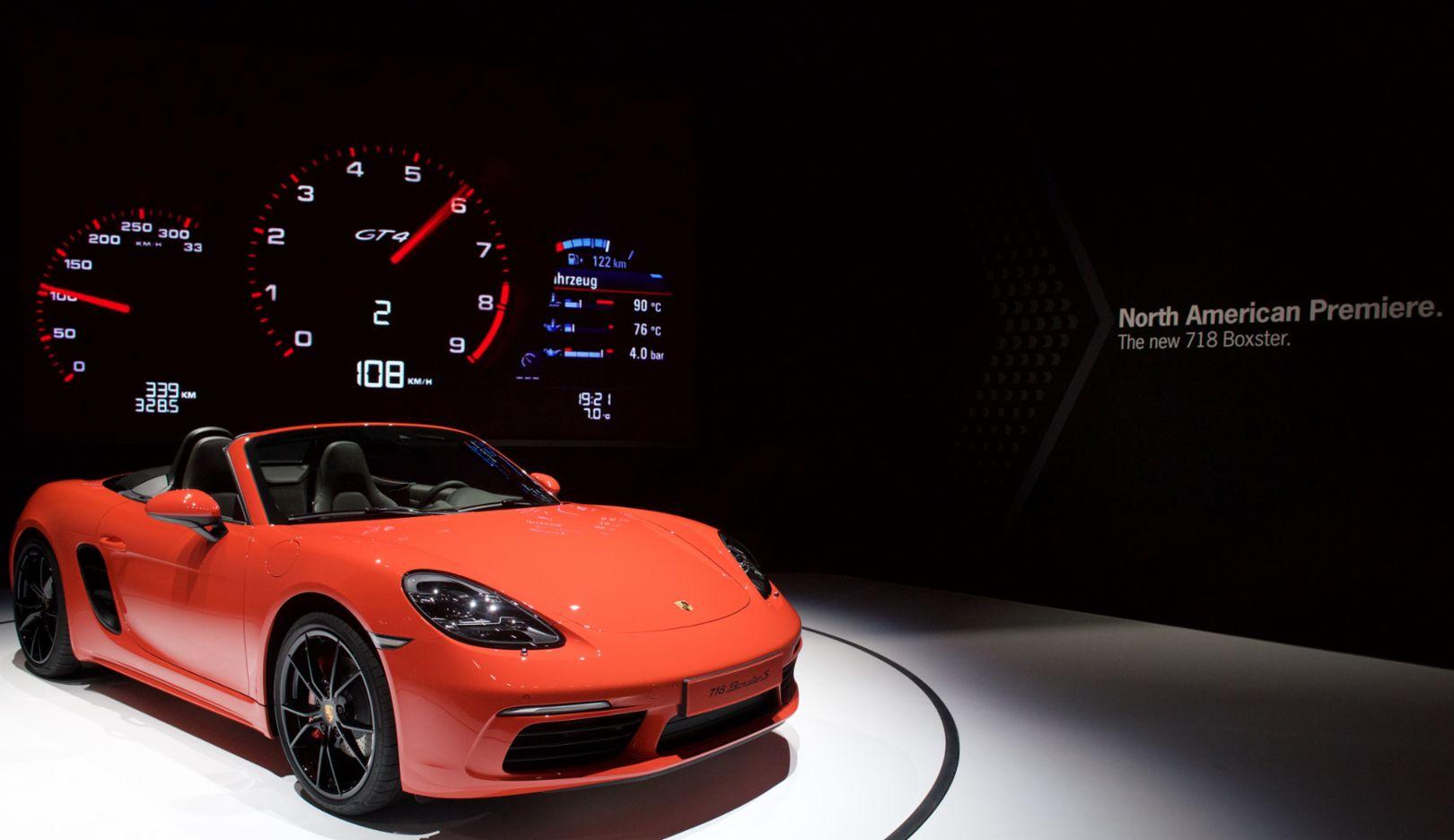 718 Boxster S, New York International Auto Show, 2016, Porsche AG