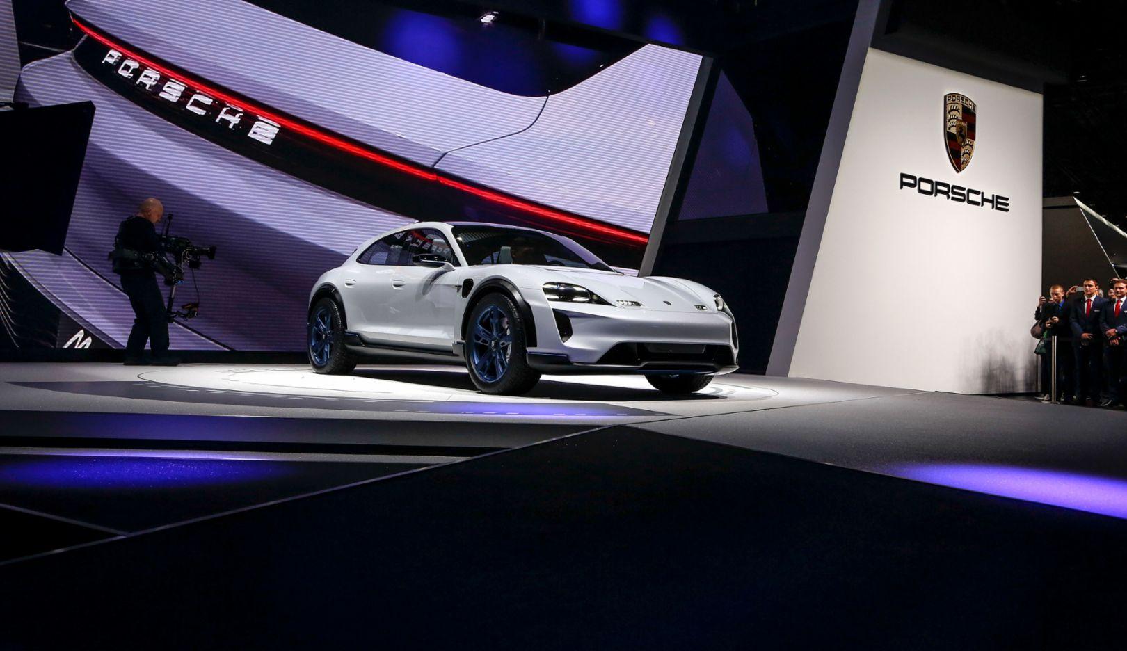 Mission E Cross Turismo, Genfer Automobil Salon, 2018, Porsche AG