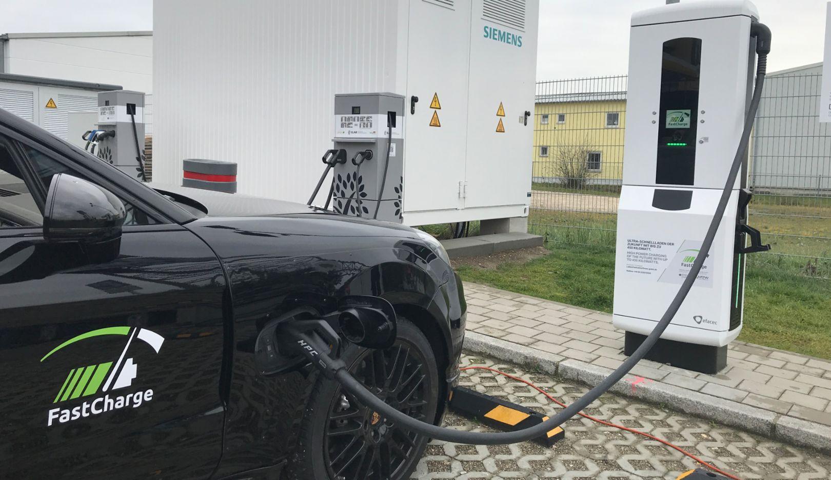 FastCharge, Prototyp einer Ladestation, Jettingen-Scheppach, 2018, Porsche AG