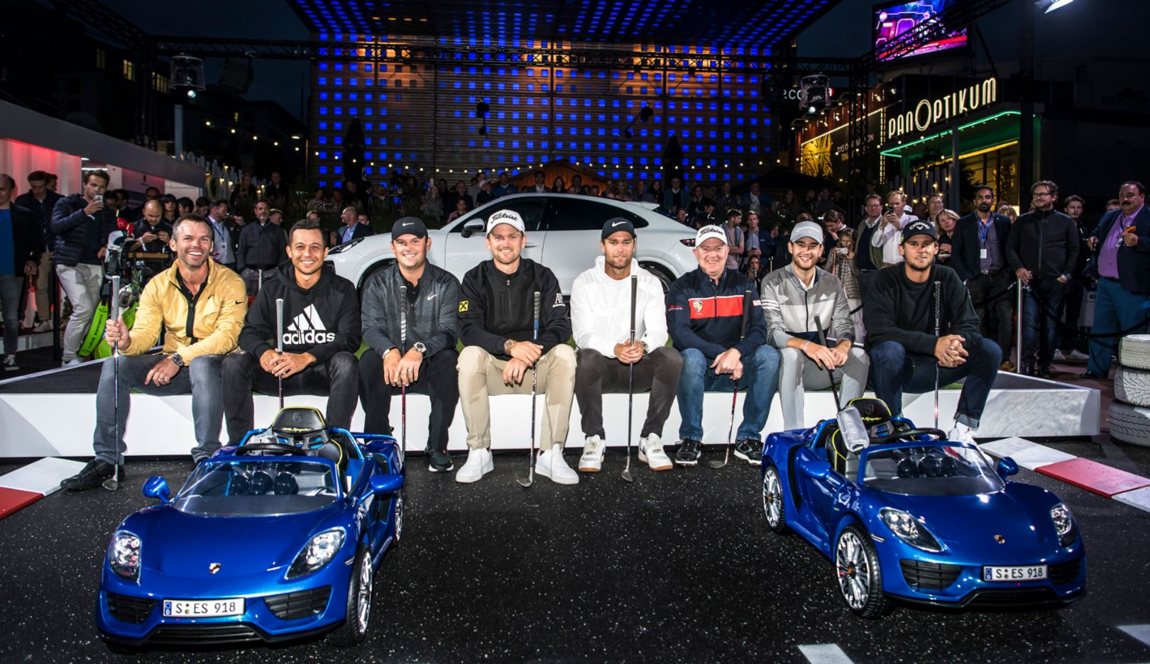 Porsche Urban Golf Challenge thrills the stars