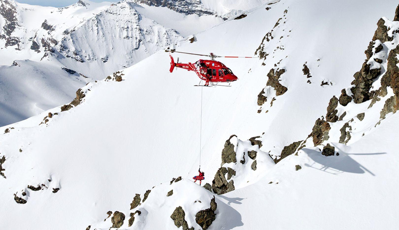 Air Zermatt's rescue helicopter at Swiss Matterhorn (Photo: Christoph Bauer)