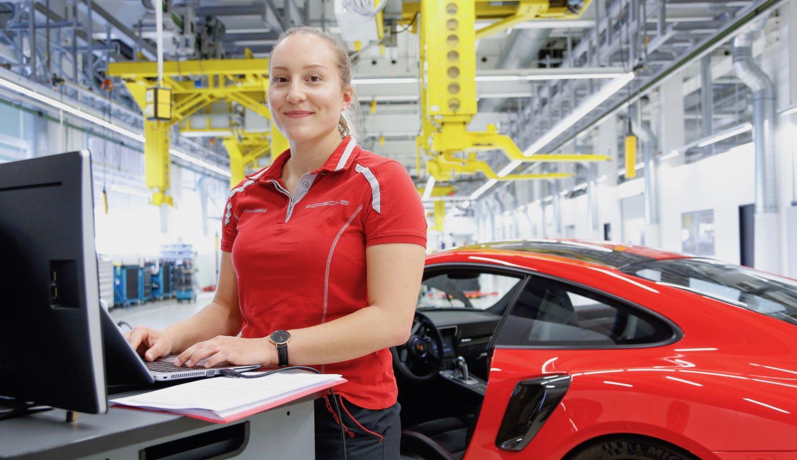 Employee, 2019, Porsche AG