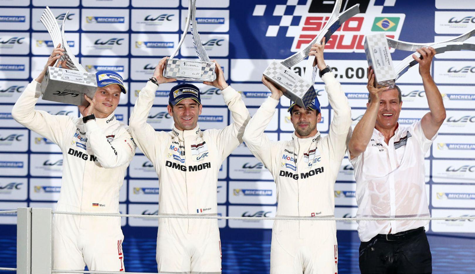 Marc Lieb, Romain Dumas, Neel Jani, Werksfahrer, Fritz Enzinger, Leiter LMP1, l.-r., 2014, Porsche AG