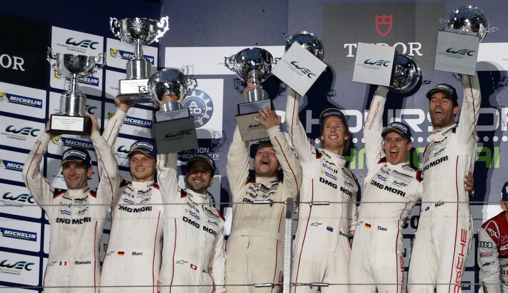 Romain Dumas, Marc Lieb, Neel Jani, Andreas Seidl, Timo Bernhard, Brendon Hartley, Mark Webber (l-r), WEC Shanghai 2015, Porsche AG