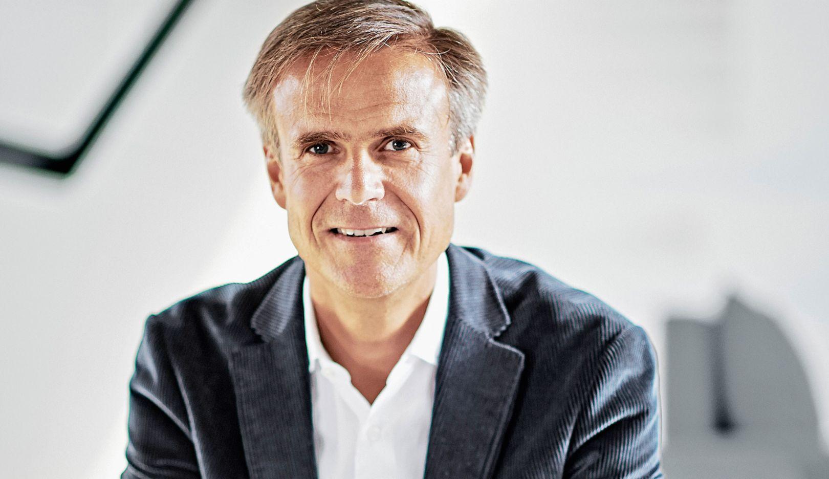 Michael Mauer, Leiter der Design-Abteilung von Porsche, 2017, Porsche AG