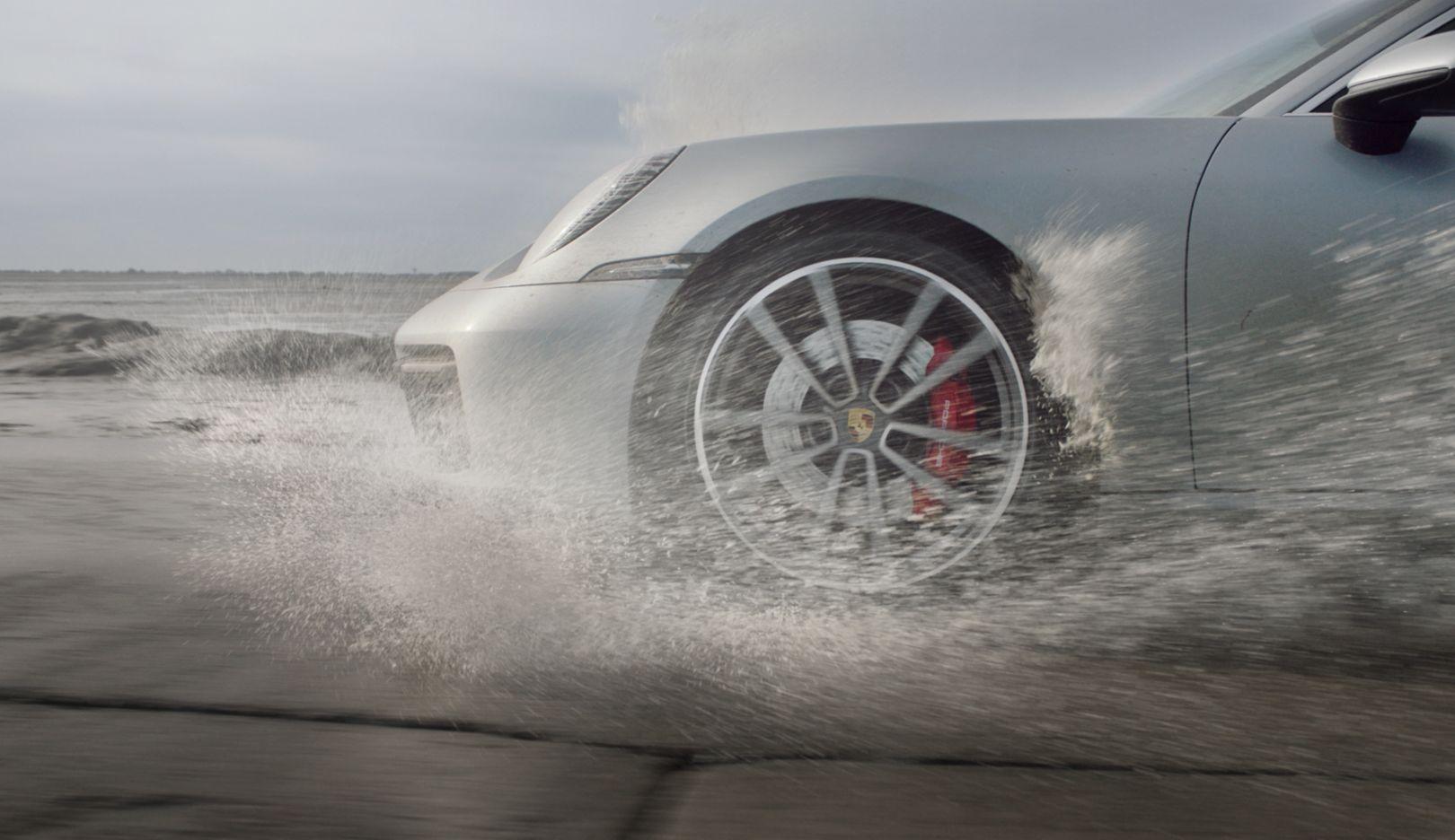 911 Carrera 4S, Passage du Gois, France, 2019, Porsche AG