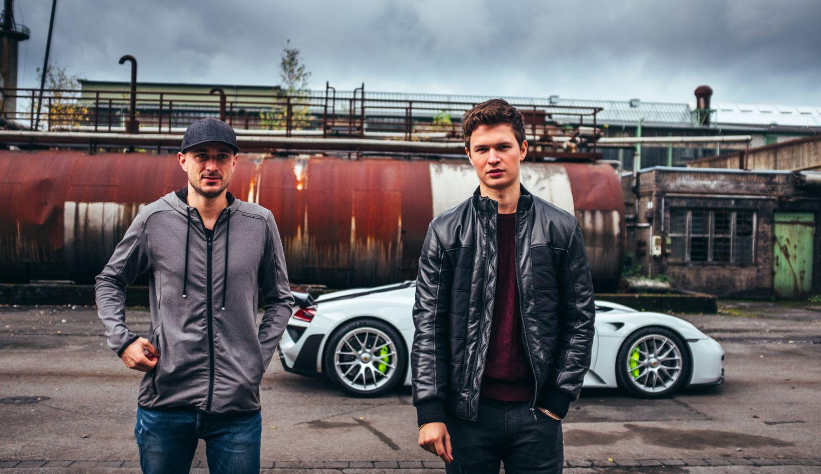 Lars Kern, Porsche-Testfahrer, Ansel Elgort, Schauspieler, l-r, 918 Spyder, Hattingen, 2018, Porsche AG