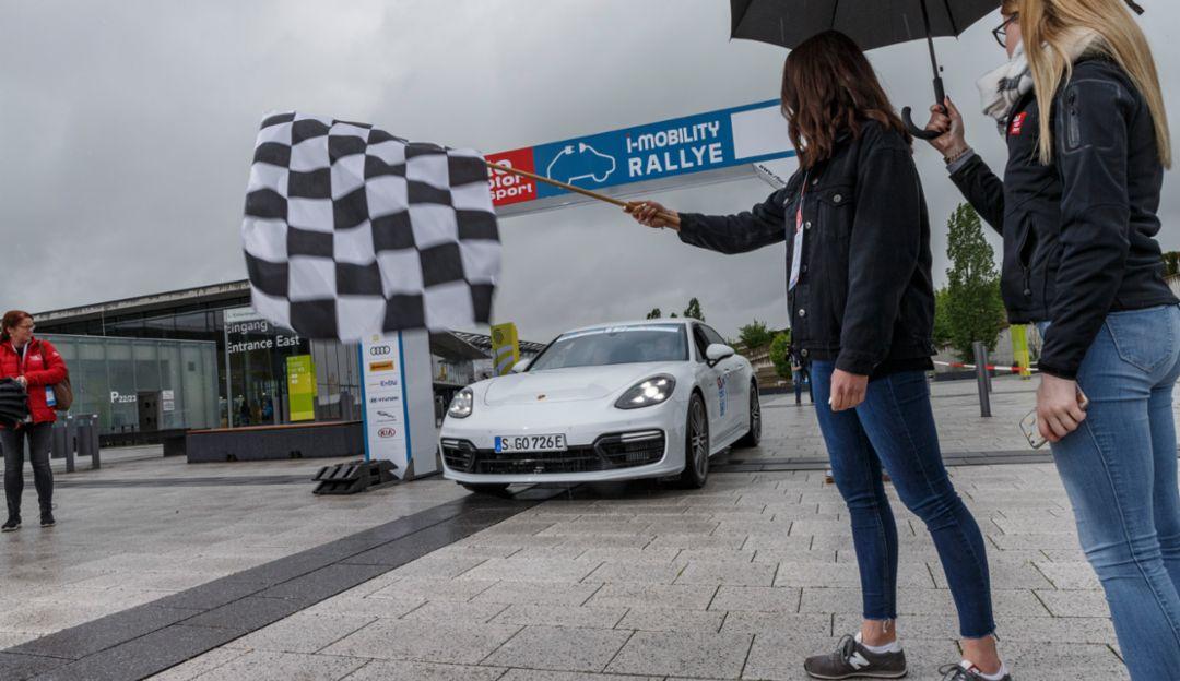 Panamera Turbo S E-Hybrid Sport Turismo, i-Mobility Rallye, Stuttgart, 2019, Porsche AG
