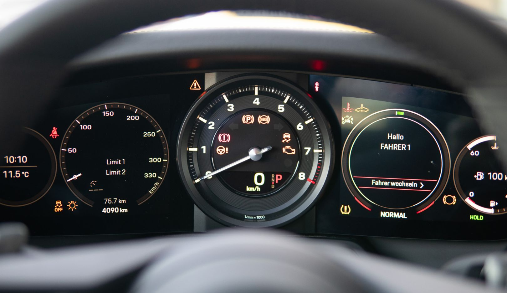 911 Carrera 4S (992), rev counter, Porsche AG