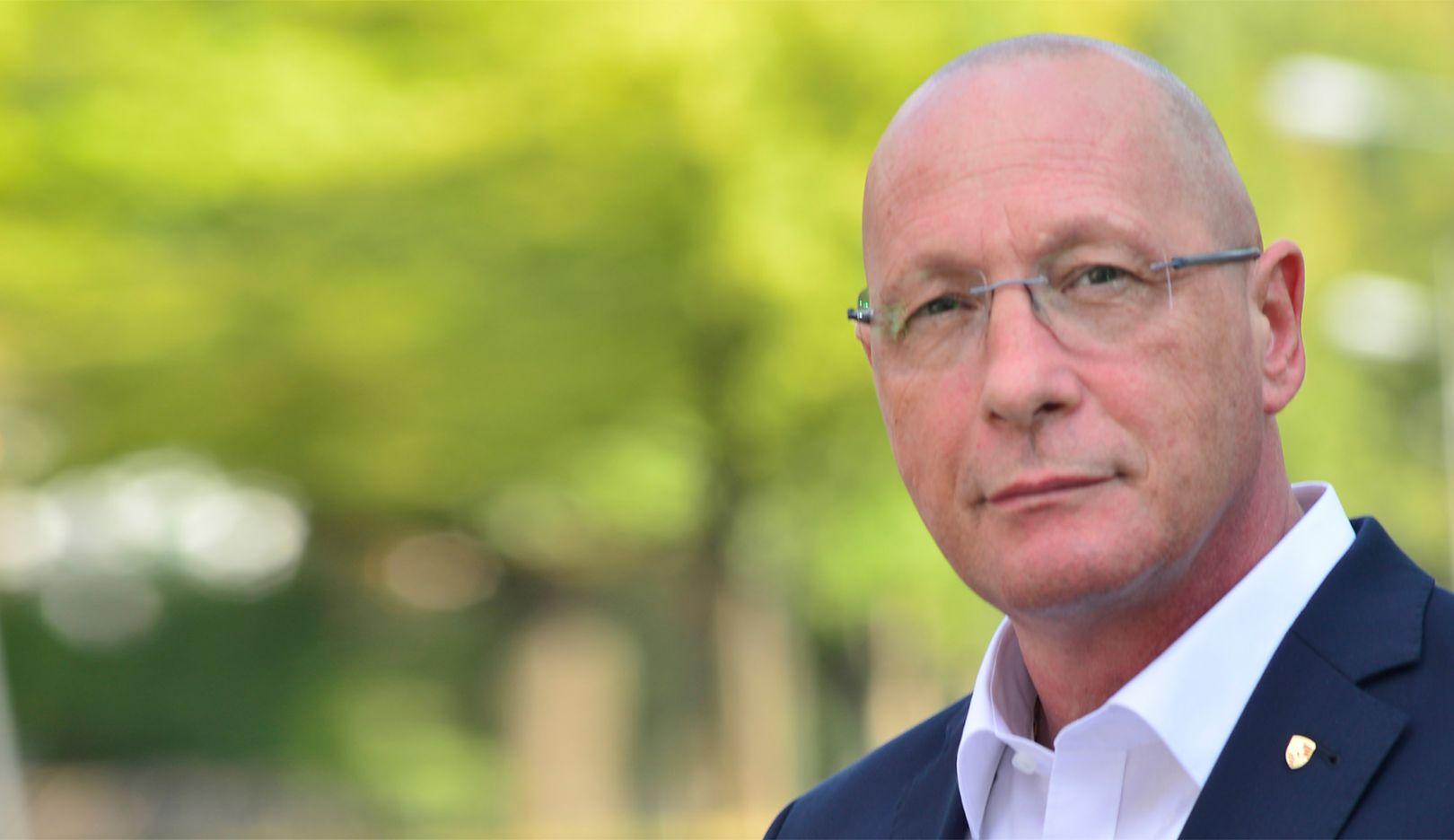 Uwe Hück, Vorsitzender des Gesamt- und Konzernbetriebsrats und stellvertretender Aufsichtsratsvorsitzender, 2016, Porsche AG
