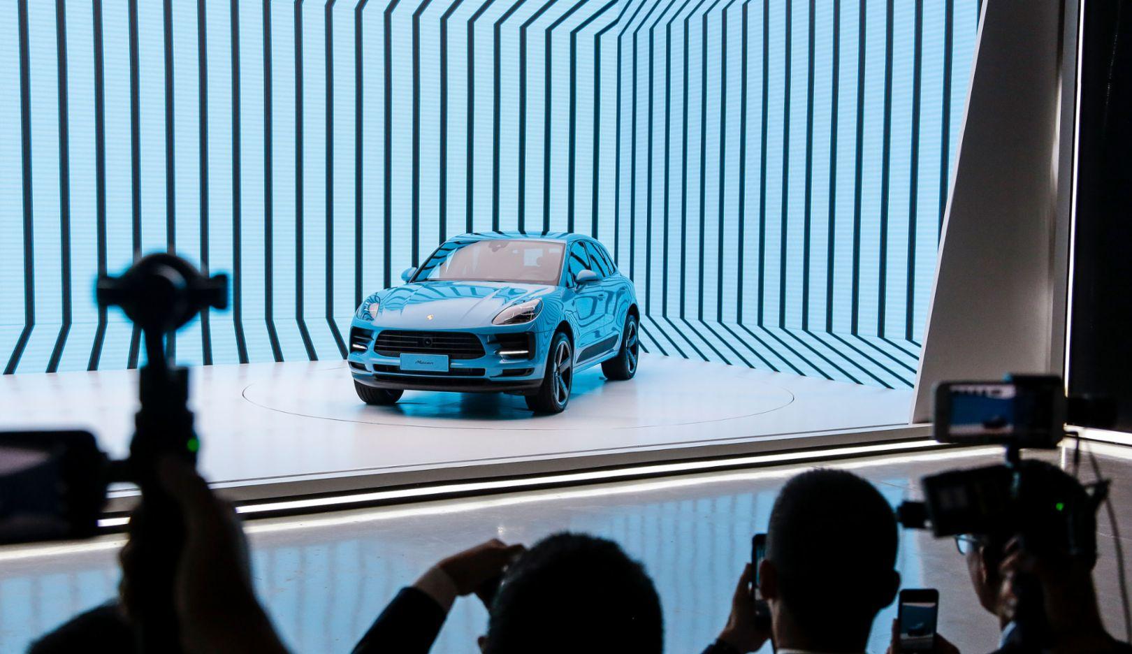 Macan, world premiere, Shanghai, 2018, Porsche AG