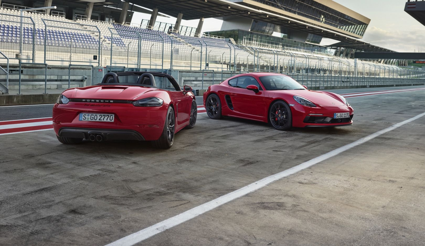 718 Boxster GTS, 718 Cayman GTS, l-r, 2017, Porsche AG