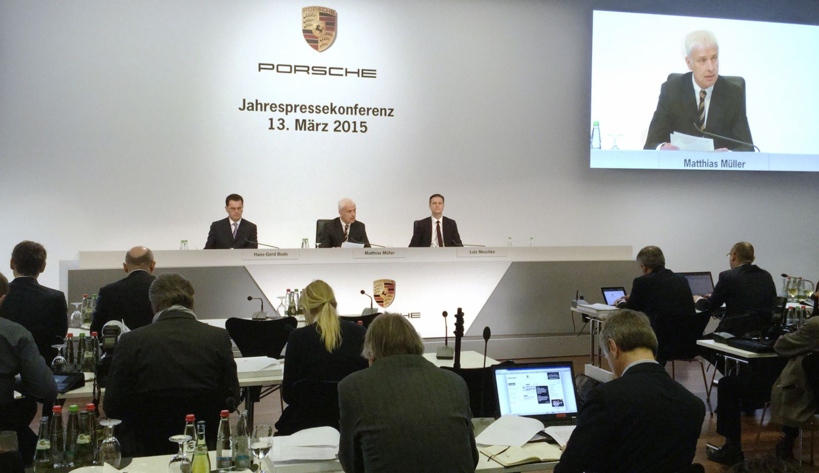 Vice President Communications Hans-Gerd Bode, CEO Matthias Müller,CFO Lutz Meschke (l-r), annual press conference, Porsche Museum, 2015, Porsche AG