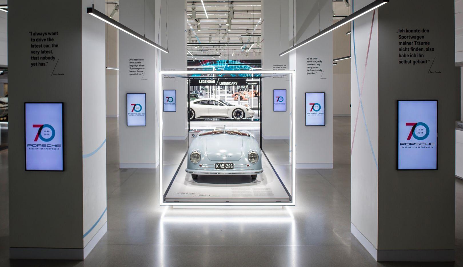 """356""""No.1""""跑车亮相""""保时捷跑车70载""""特别展览"""
