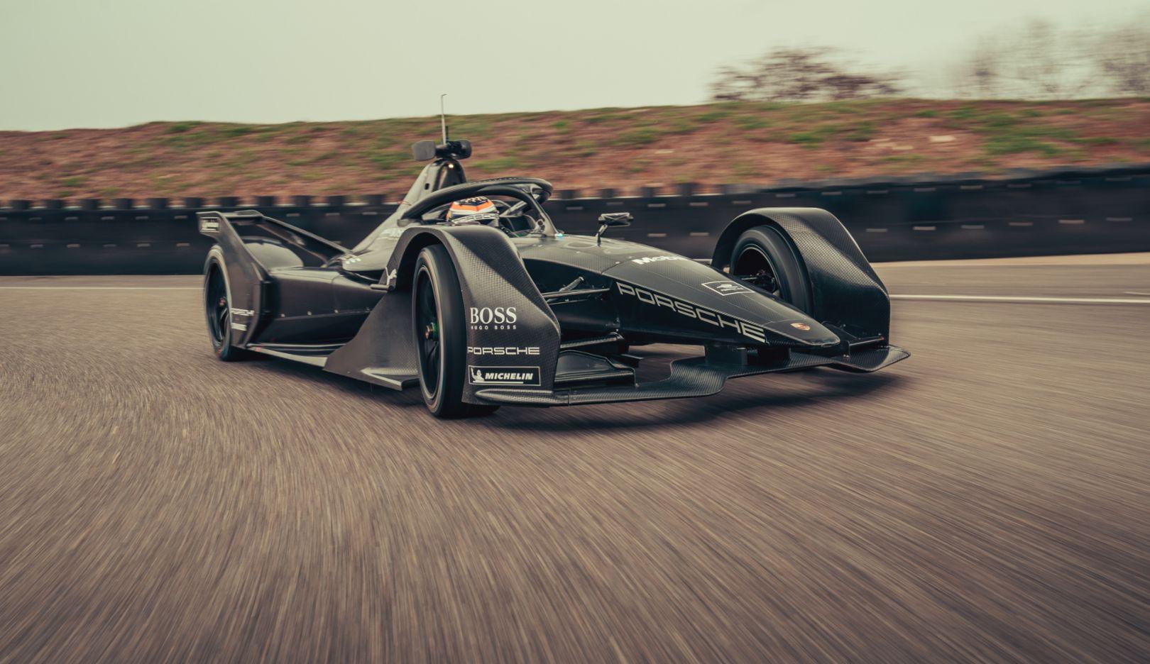 Нил Яни, ходовые испытания болида Формулы Е, Вайссах, 2019, Porsche AG