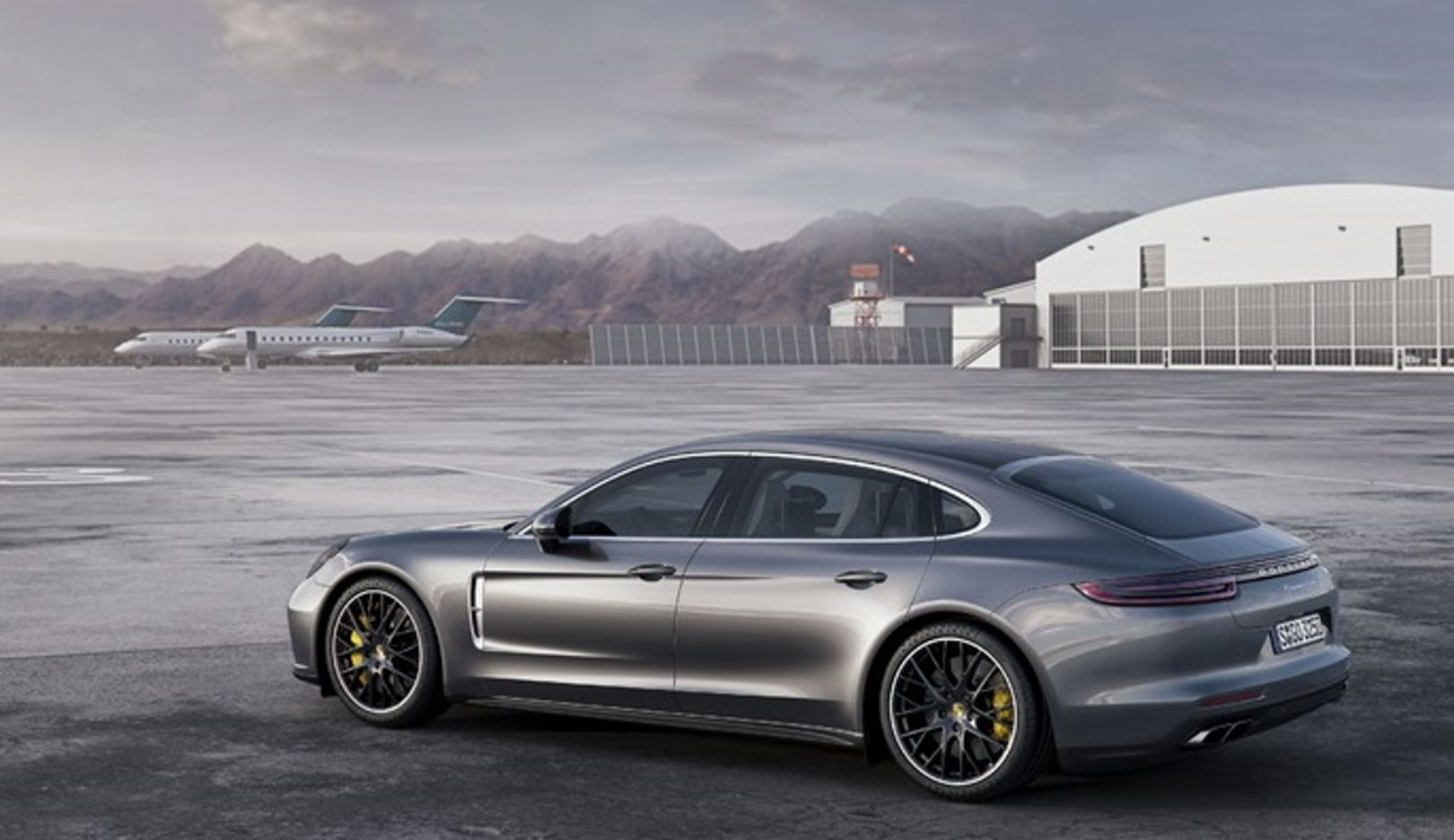 Porsche recalls Panamera models to the workshops