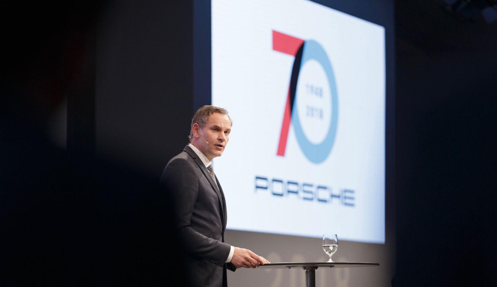 Oliver Blume, Vorstandsvorsitzender der Porsche AG, Neujahrsempfang, Porsche Museum, 2018, Porsche AG
