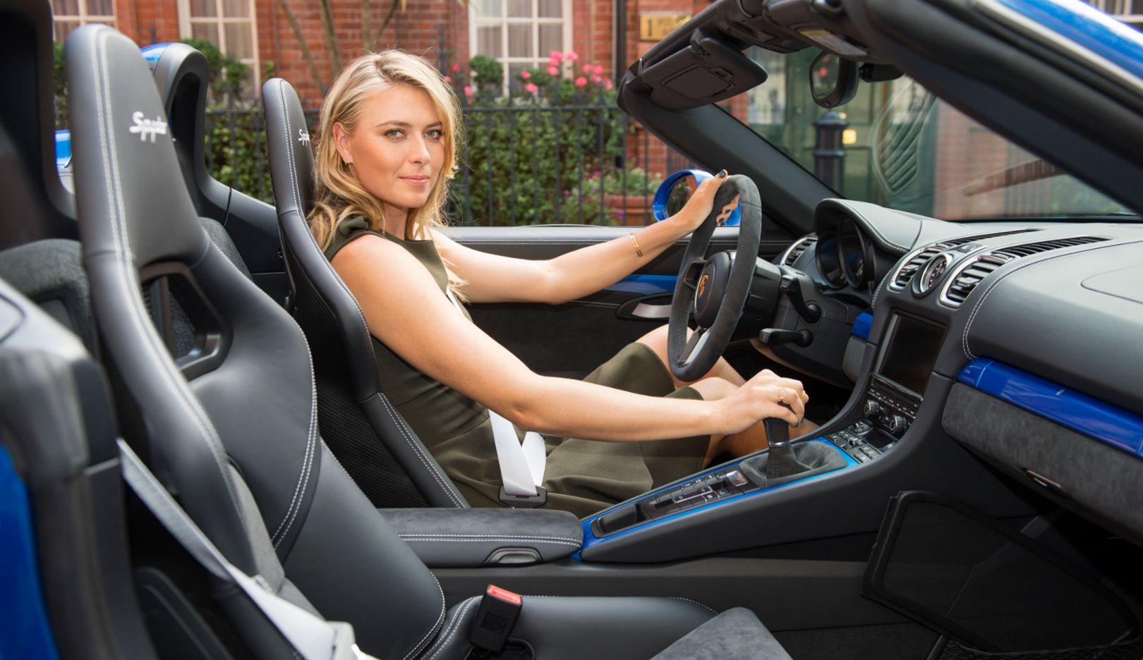 Maria Sharapova, Boxster Spyder, Porsche Centre Mayfair, Kensington, 2015