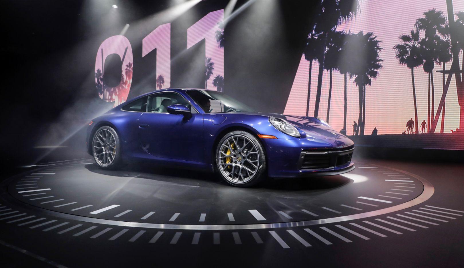 New Porsche 911 >> The New Porsche 911 A Design Icon And High Tech Sports Car