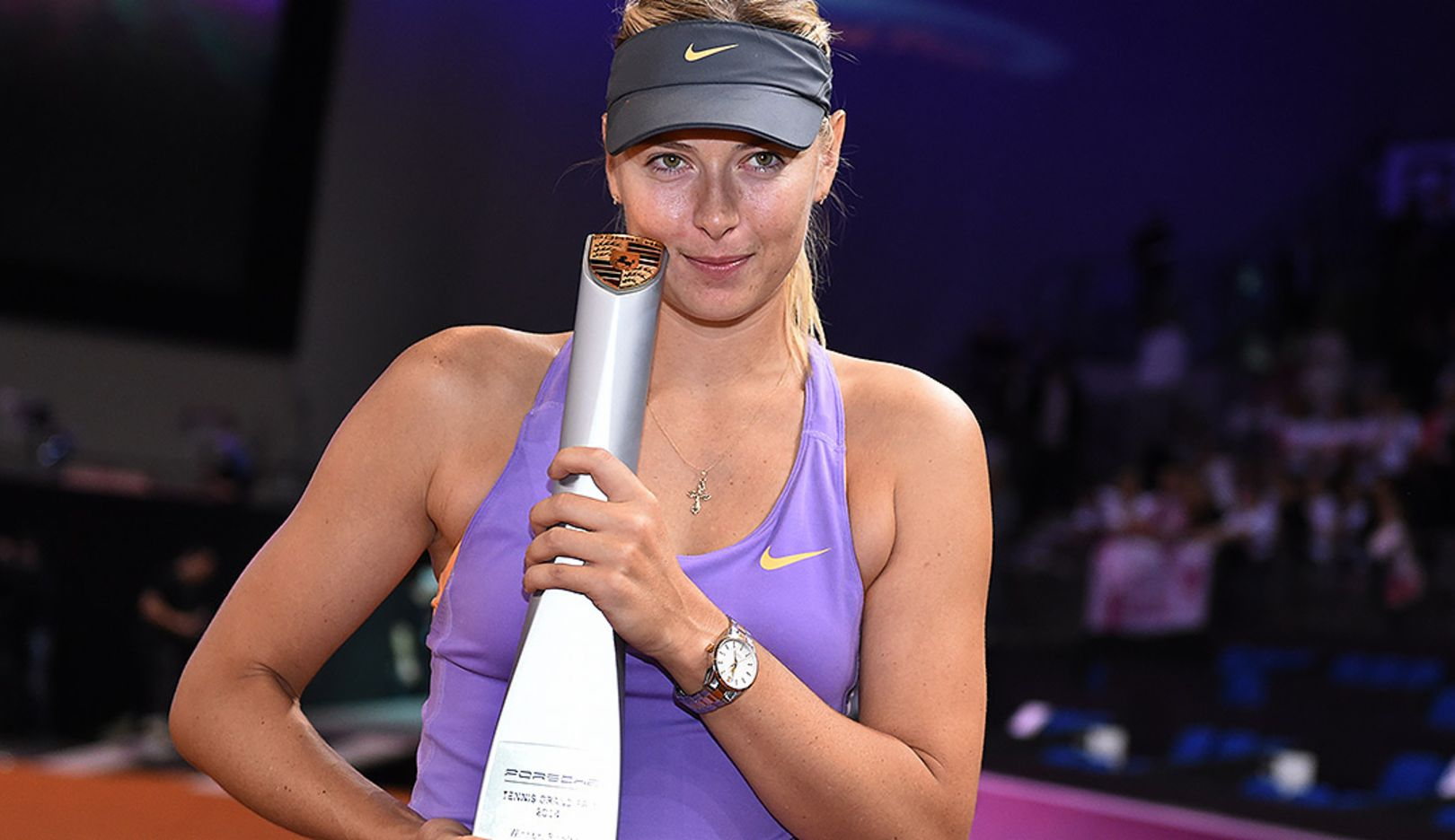 Sharapova-wins-Porsche-Tennis-Grand-Prix-2014-Trophy