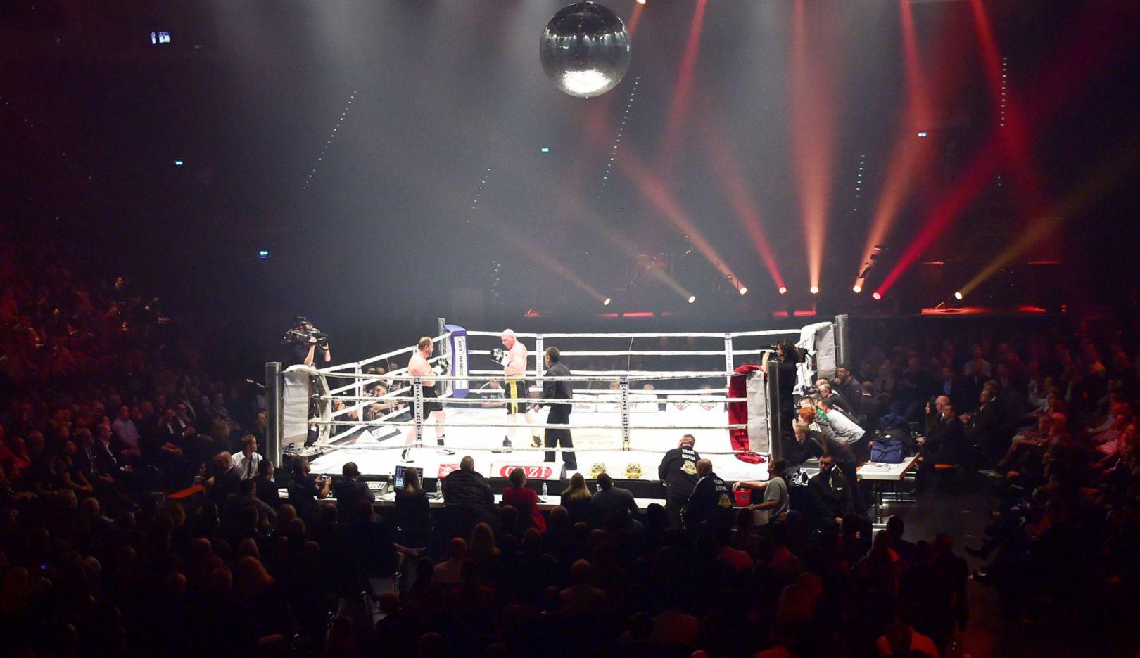 Charity Fight, 2015, Porsche AG