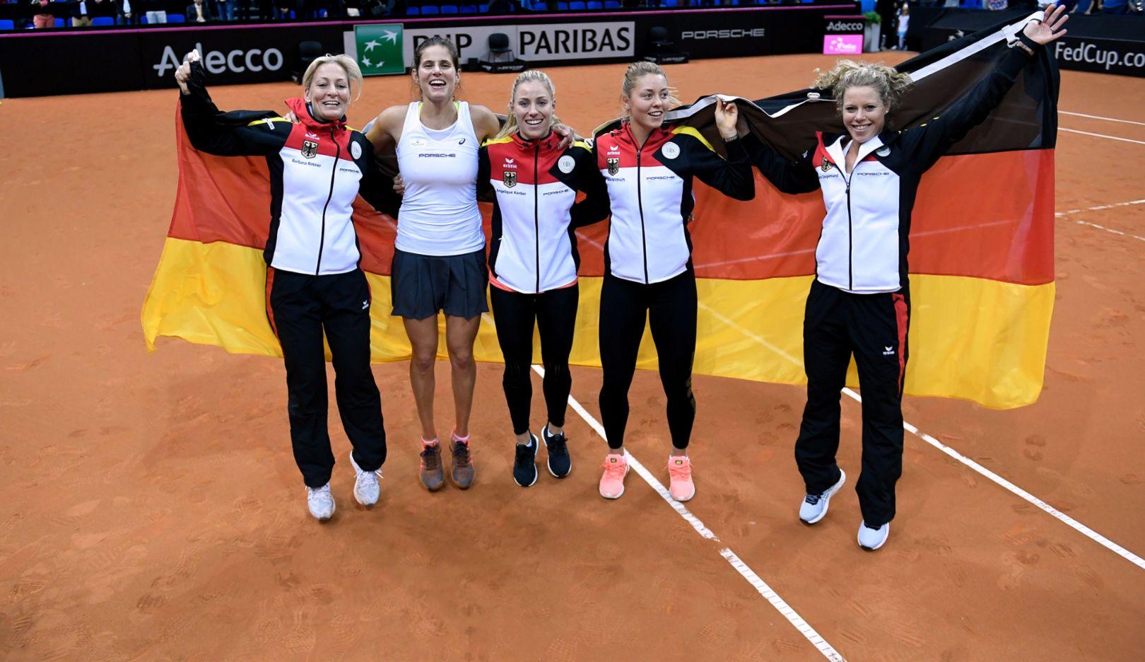 Barbara Rittner, Julia Görges, Angelique Kerber, Carina Witthöft, Laura Siegemund, l-r, Porsche Team Deutschland, Porsche Tennis Grand Prix, Tag 2, Stuttgart, 2017, Porsche AG