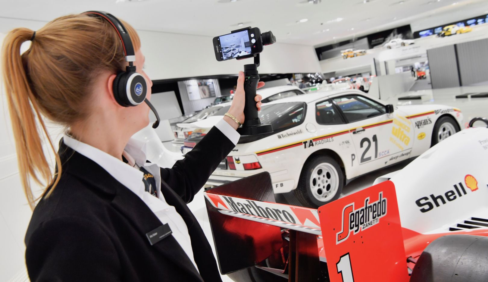 Virtual live tours, Porsche Museum, 2017, Porsche AG