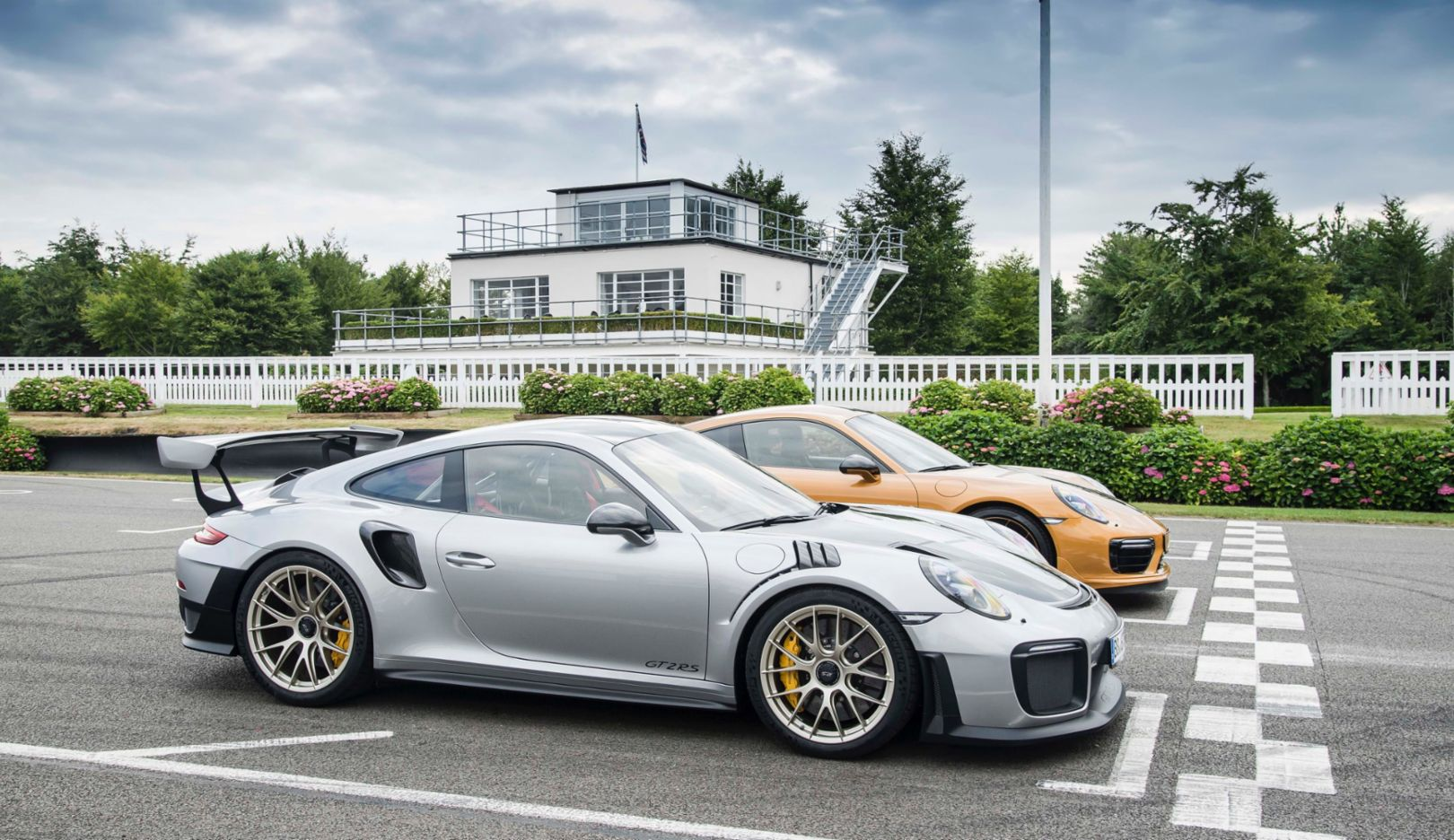 911 GT2 RS, 911 Turbo S Exclusive Series, 2017, Porsche AG