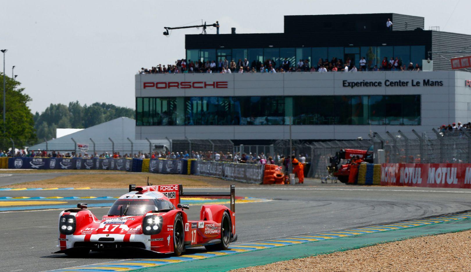 919 Hybrid, No 17, Experience Center, Le Mans, 2015, Porsche AG