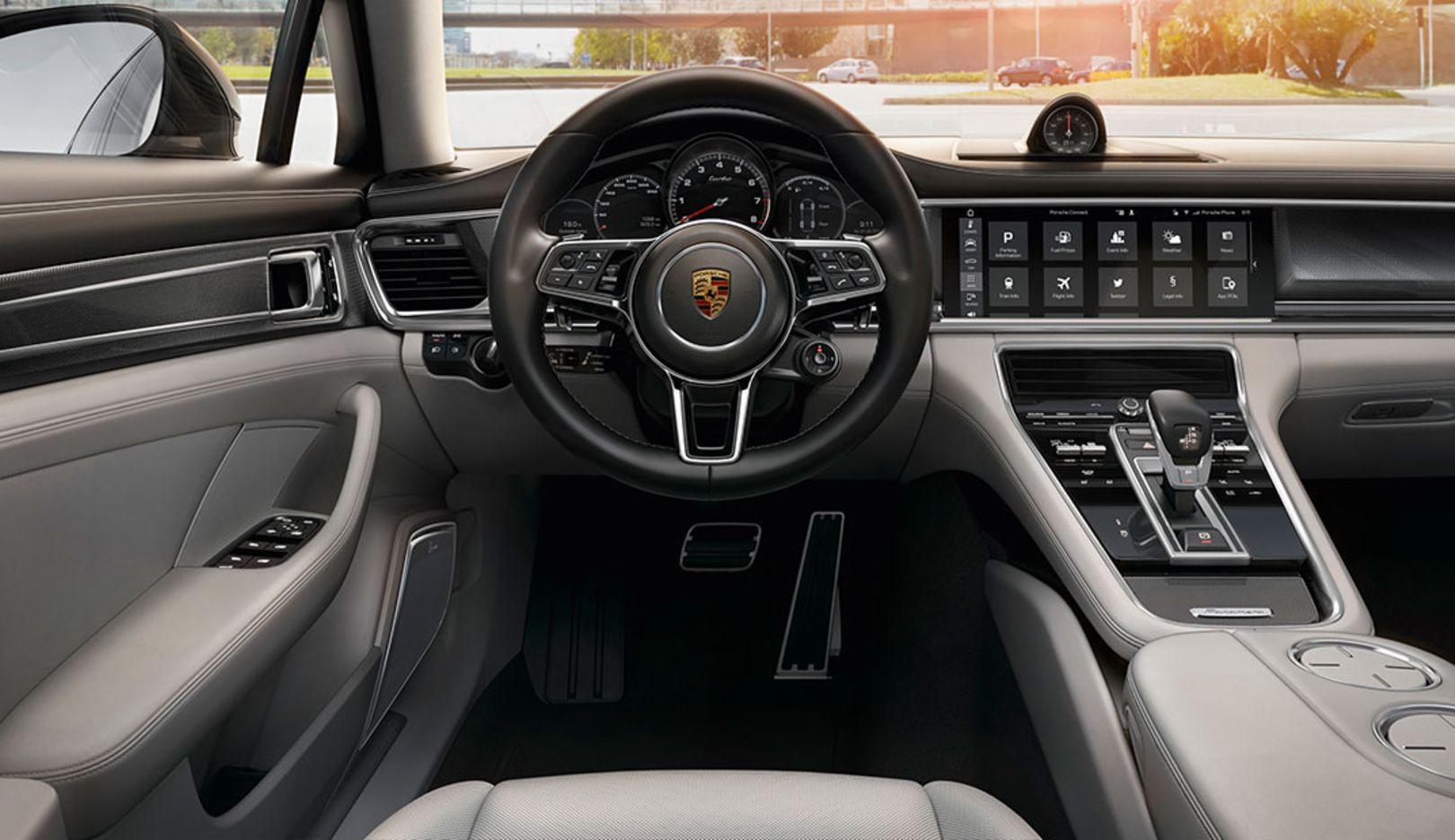 Infotainment services, Porsche Connect, Panamera, 2016, Porsche AG